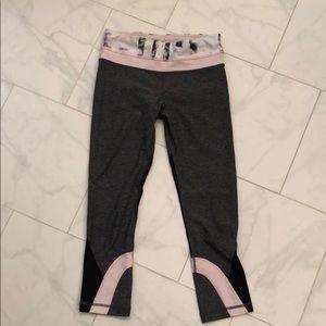 Lululemon cropped running leggings – size 4